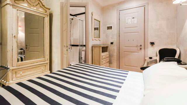 Mdm-Luxury-Rooms-Roma-rooms-14