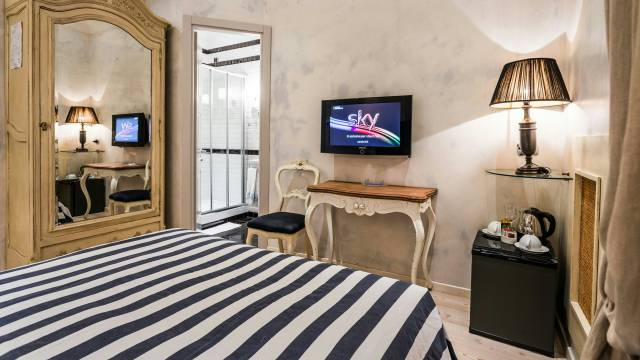Mdm-Luxury-Rooms-Roma-rooms-9